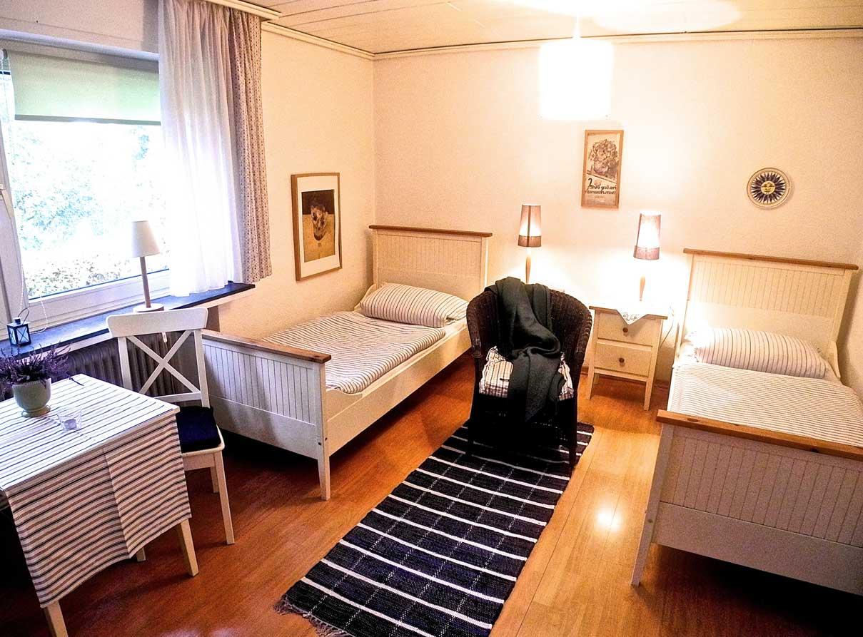 Zimmer-1A
